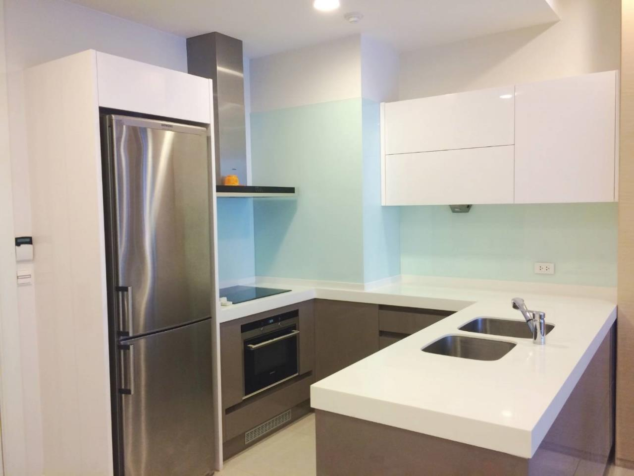 RE/MAX All Star Realty Agency's Lavish Q Langsuan two bed for rent (BTS Chidlom) 11