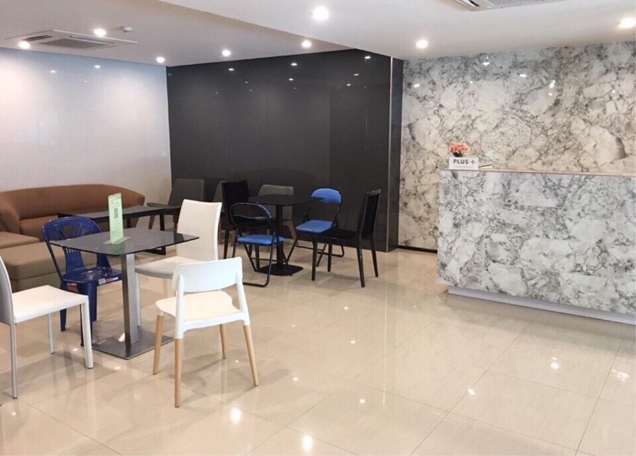 RE/MAX All Star Realty Agency's Moniiq Sukhumvit 64 (BTS Punnawithi) 20