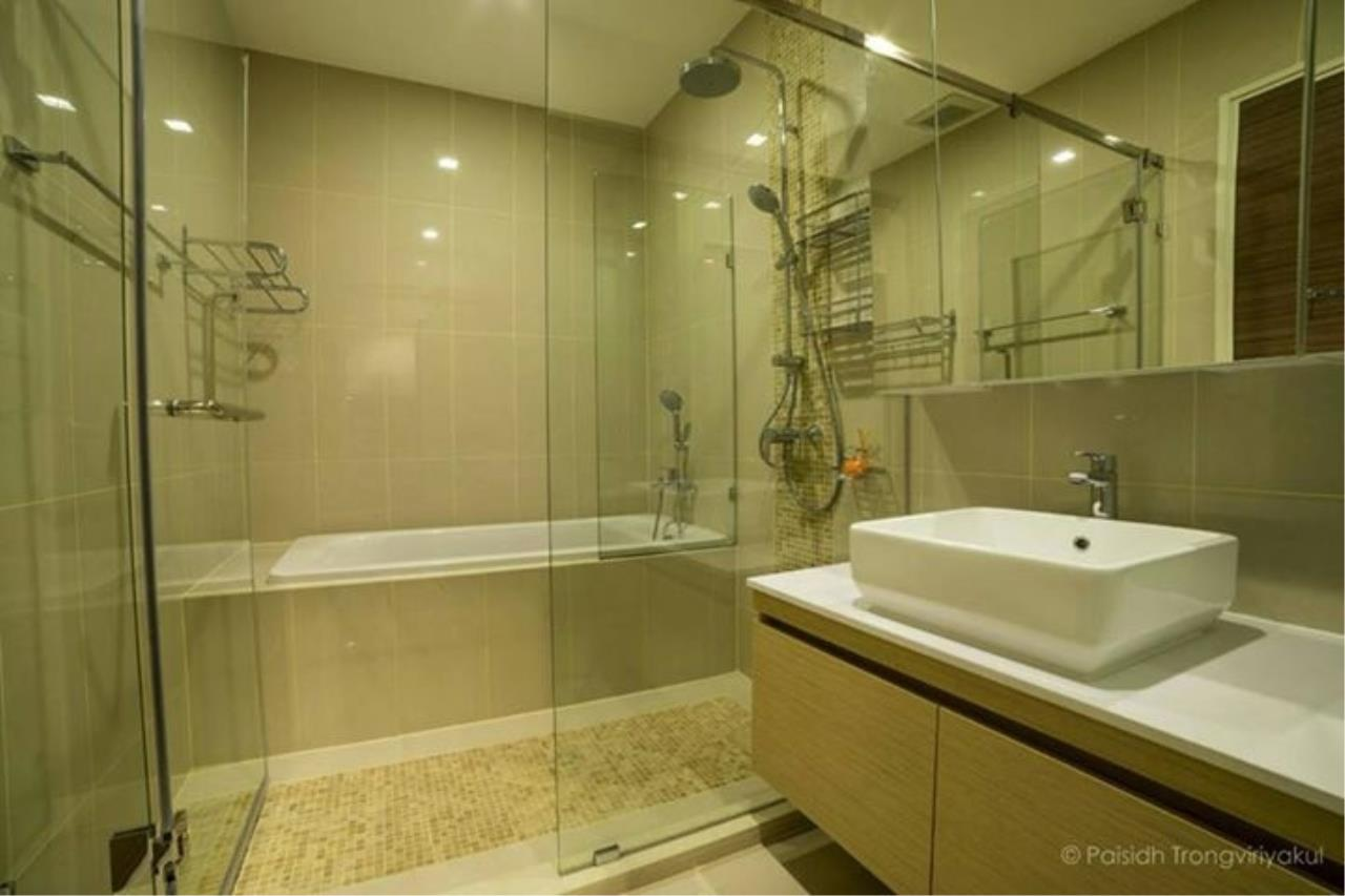 RE/MAX All Star Realty Agency's Q Asoke for Sale/Rent – 50m to MRT Petchaburi 6