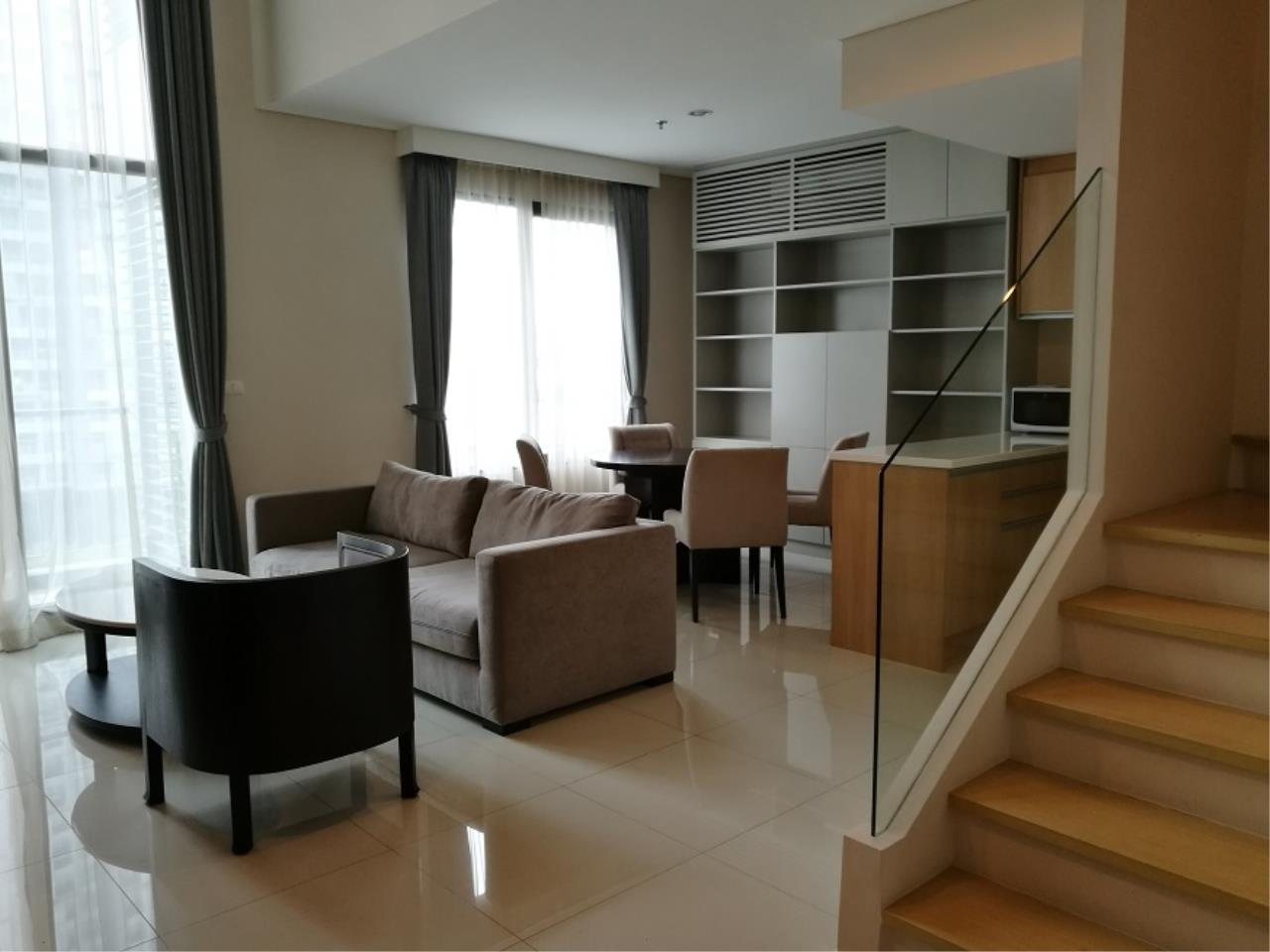 RE/MAX All Star Realty Agency's Villa Asoke for sale/rent – walk to MRT Petchaburi 1
