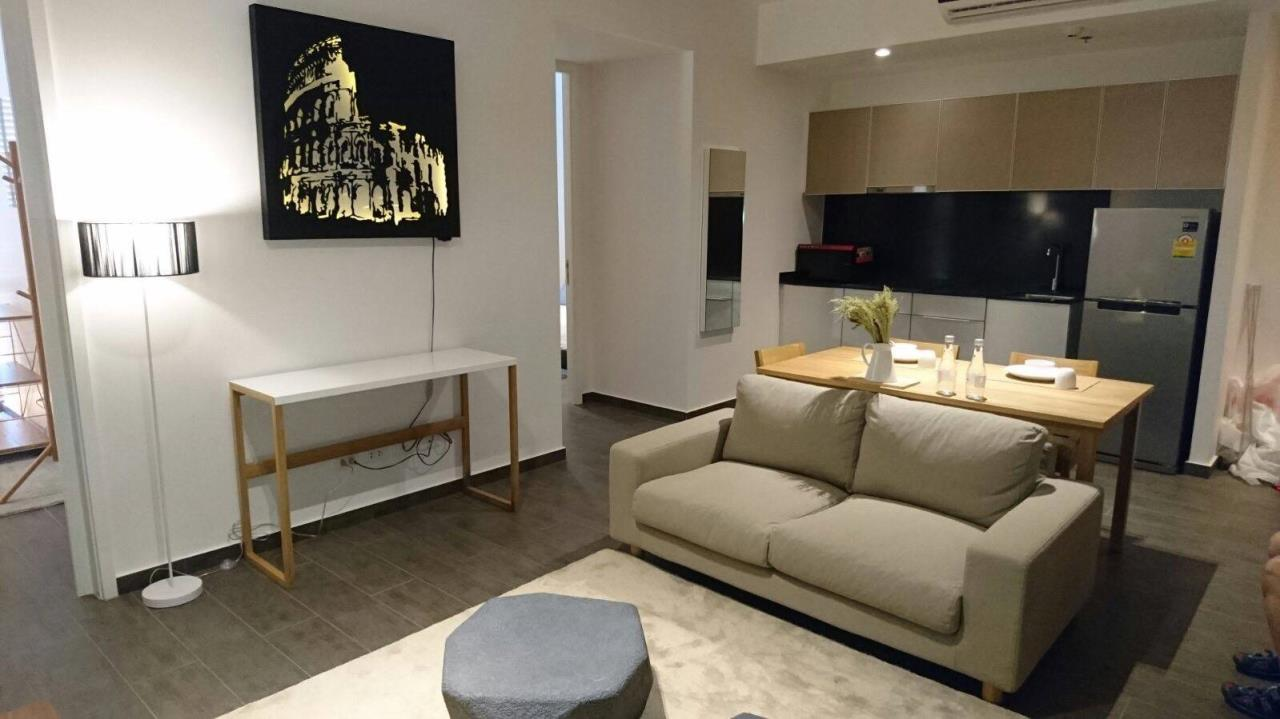 RE/MAX All Star Realty Agency's The Lofts Ekamai for rent 8