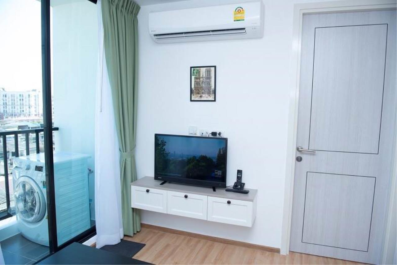 RE/MAX All Star Realty Agency's Notting Hill The Exclusive CharoenKrung for rent 3