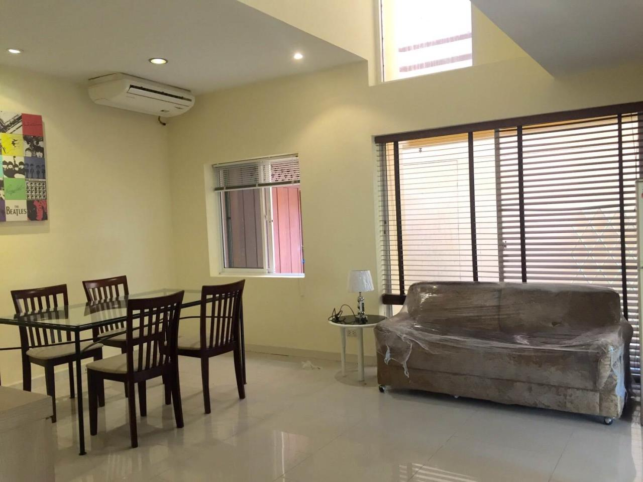 RE/MAX All Star Realty Agency's Large four storey house for rent BTS Phrom Phong 12