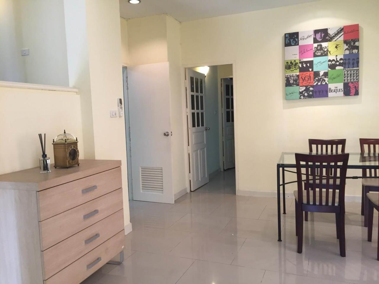 RE/MAX All Star Realty Agency's Large four storey house for rent BTS Phrom Phong 10