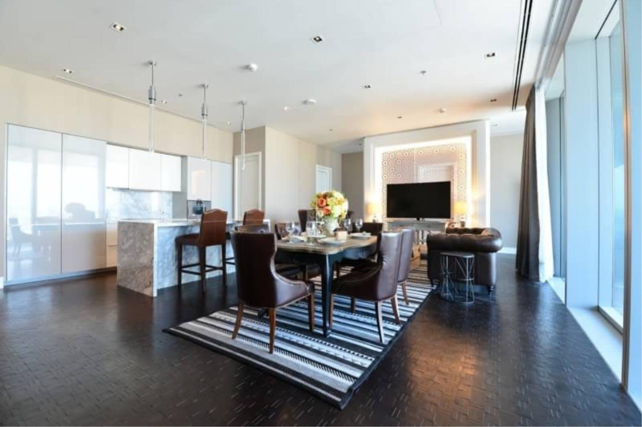 RE/MAX All Star Realty Agency's The Ritz Carlton luxury condo for rent 2