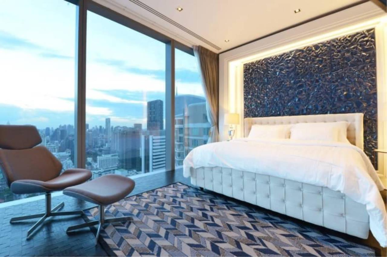 RE/MAX All Star Realty Agency's The Ritz Carlton luxury condo for rent 5