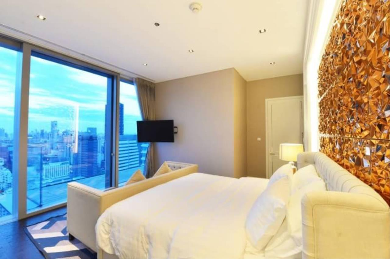 RE/MAX All Star Realty Agency's The Ritz Carlton luxury condo for rent 9