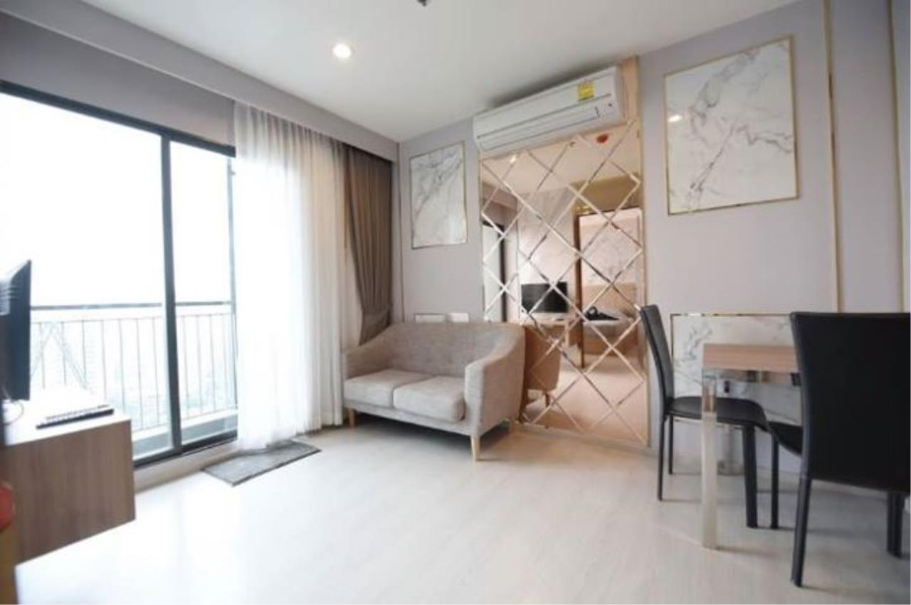 Tremendous Condominium For Rent Sale At Rhythm Asoke Ratchathewi Interior Design Ideas Clesiryabchikinfo