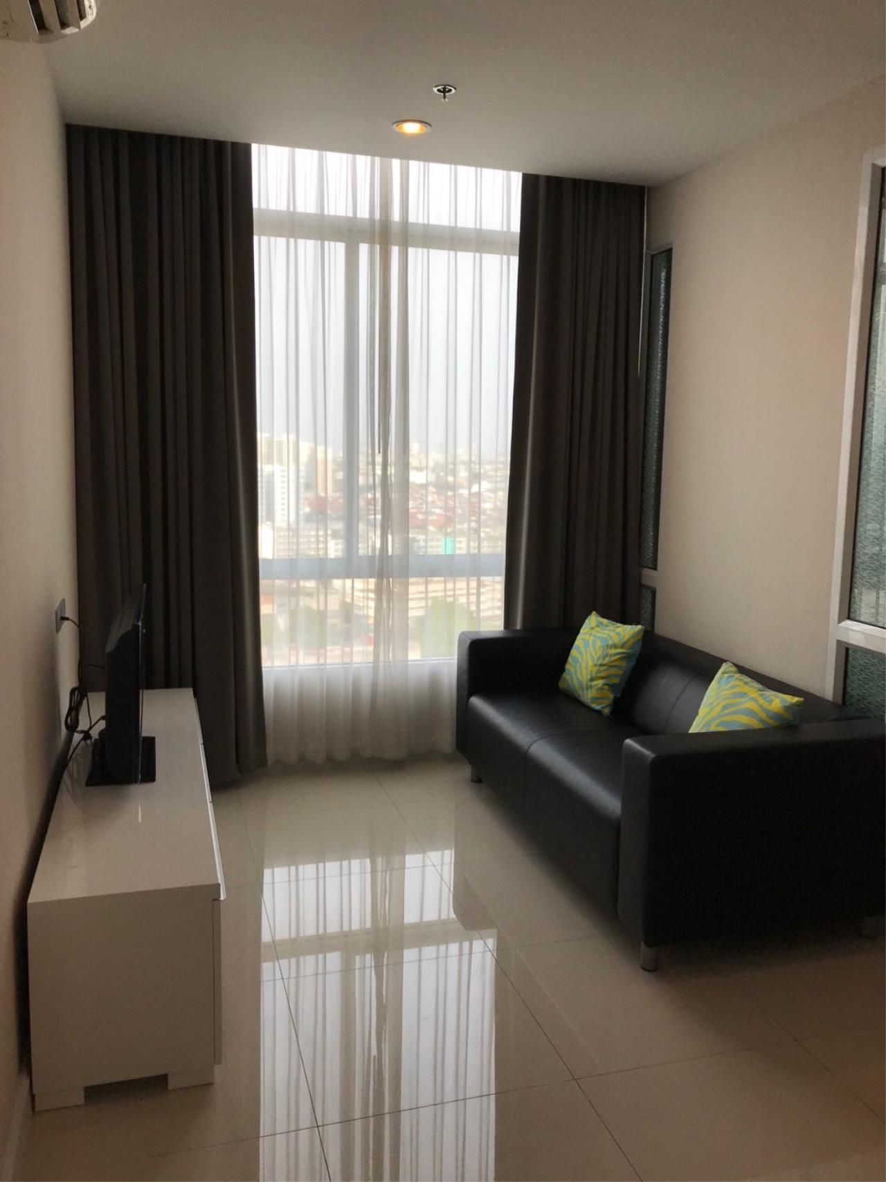 RE/MAX All Star Realty Agency's The Sky Sukhumvit for rent (BTS Udom Suk) 1