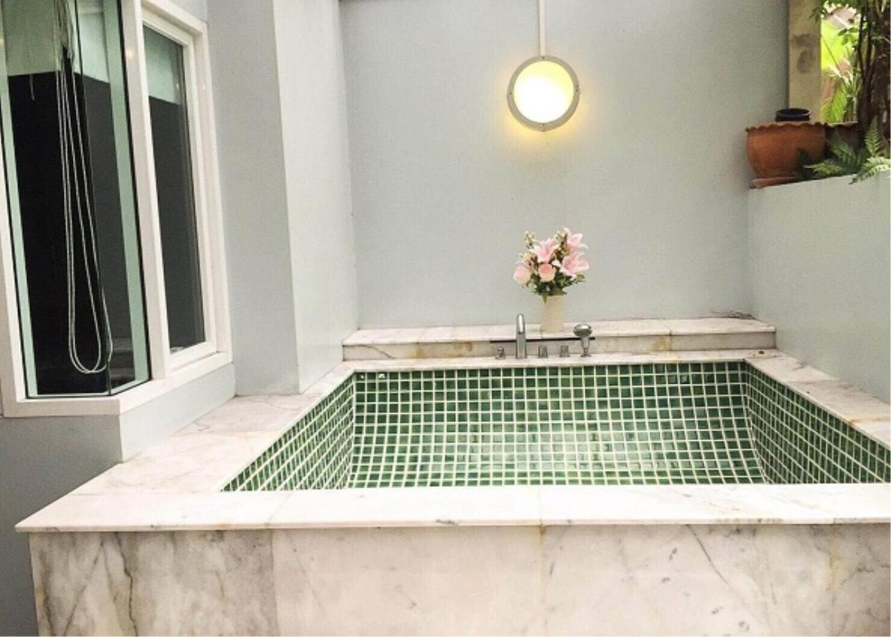 RE/MAX All Star Realty Agency's The Next Sukhumvit 52 for rent/sale (BTS On Nut) 9