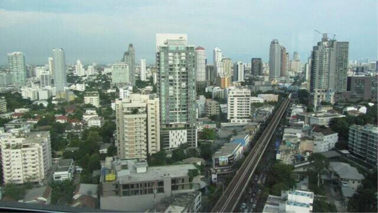 RE/MAX All Star Realty Agency's The Address Sukhumvit 28 for sale/rent (BTS Phrom Phong) 3