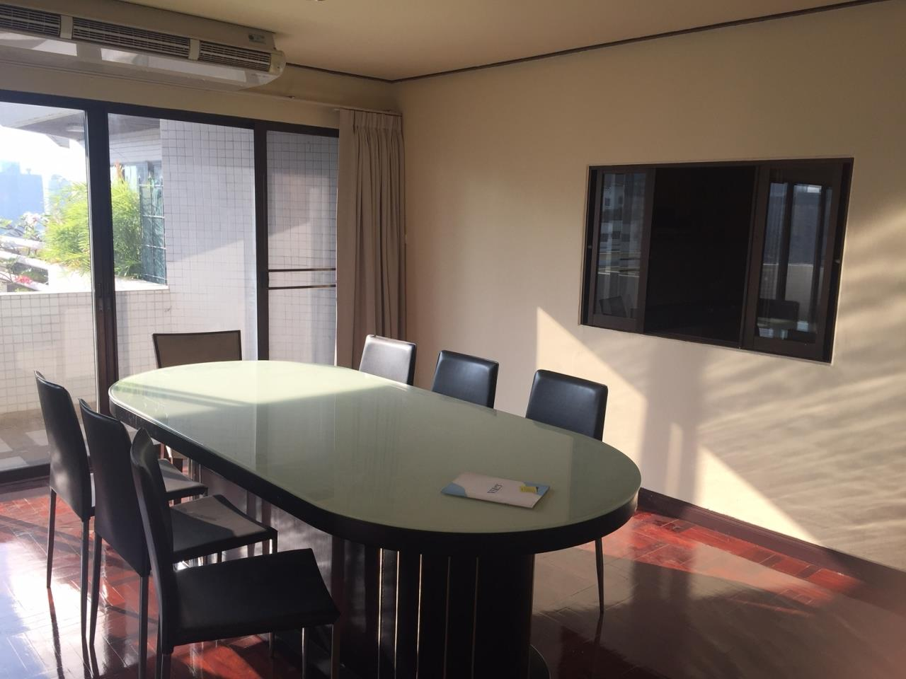 Piri Property Agency's 4 bedrooms Condominiumon 23 floor For Rent 11