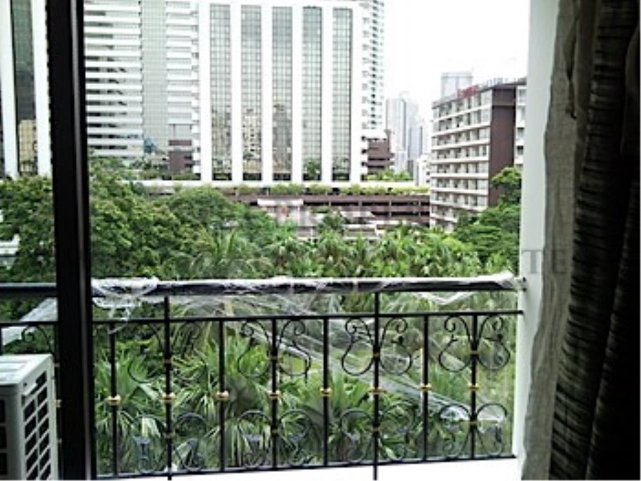 Piri Property Agency's Nice Condo near Chongnonsi BTS 8