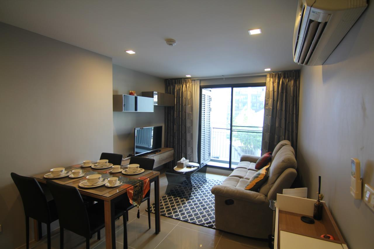 Piri Property Agency's 2 bedrooms Condominiumon 4 floor For Rent 1