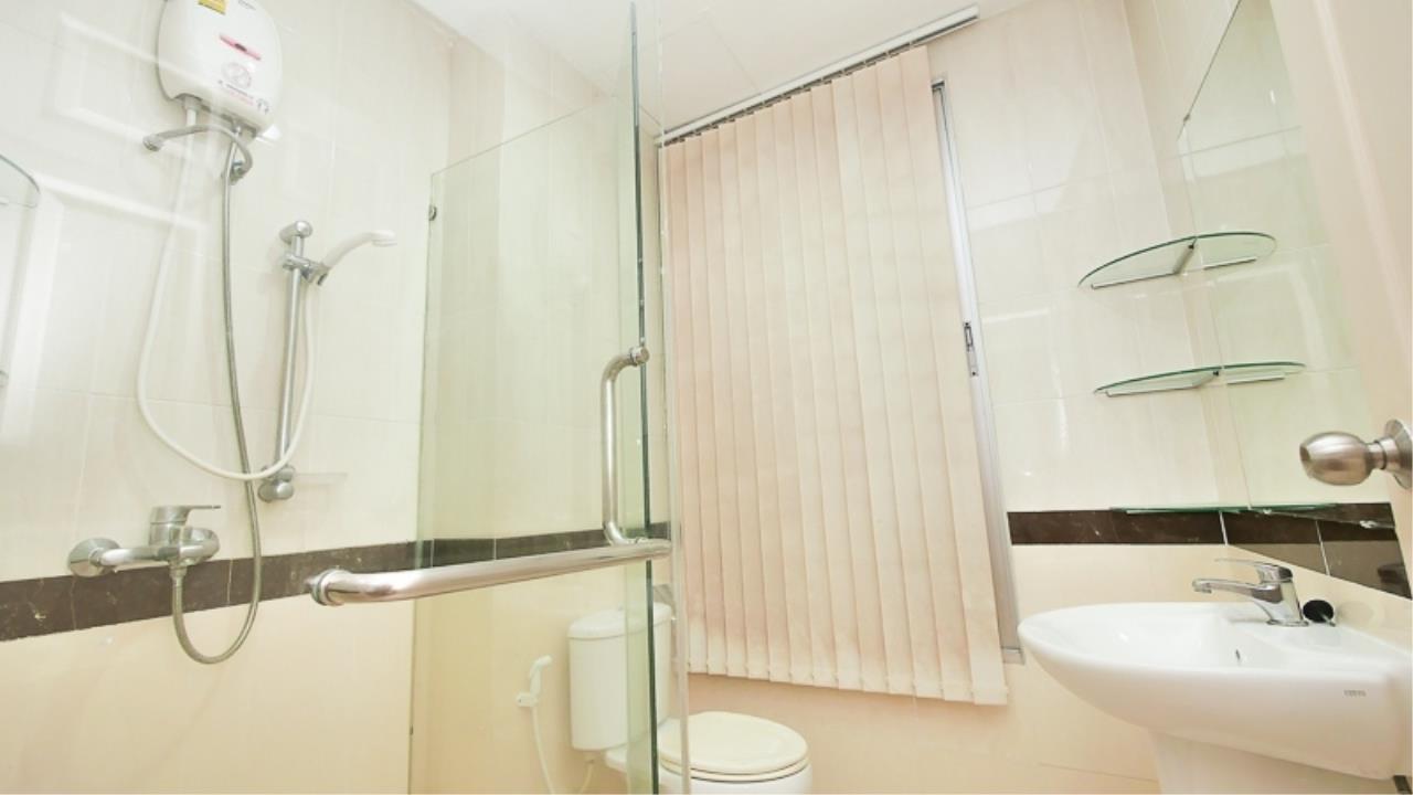 Piri Property Agency's 3 bedrooms Townhouseon 3 storeys floor For Rent 8
