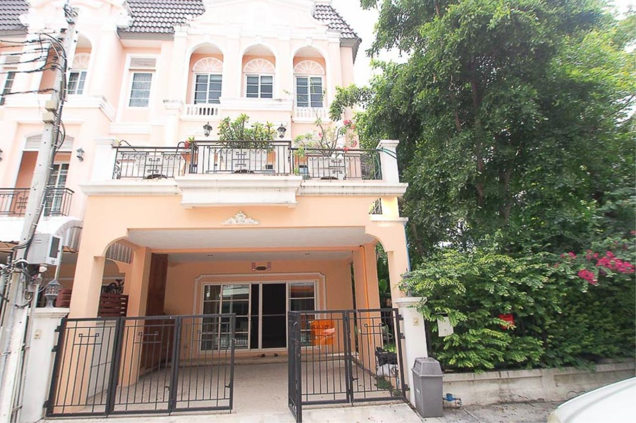 Piri Property Agency's 3+1 bedrooms Townhouseon 3 storeys floor For Rent 2