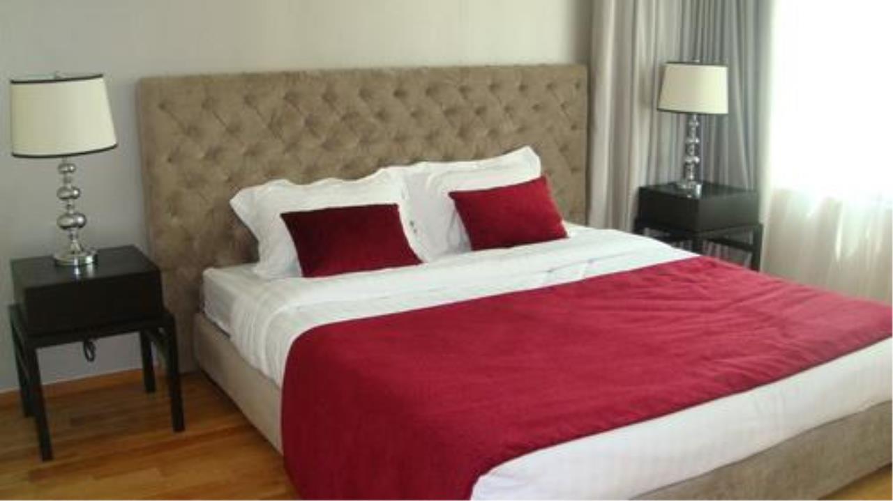 Piri Property Agency's 3 bedrooms Condominium  on 27 floor For Rent 3 6