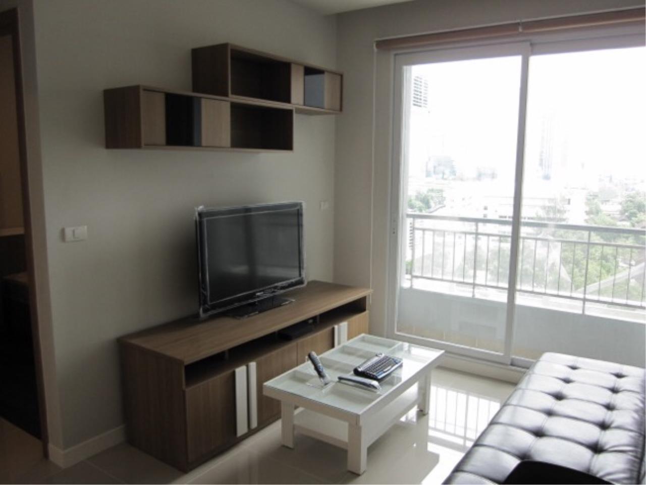 Piri Property Agency's one bedroom Condominiumon 12 floor For Rent 1