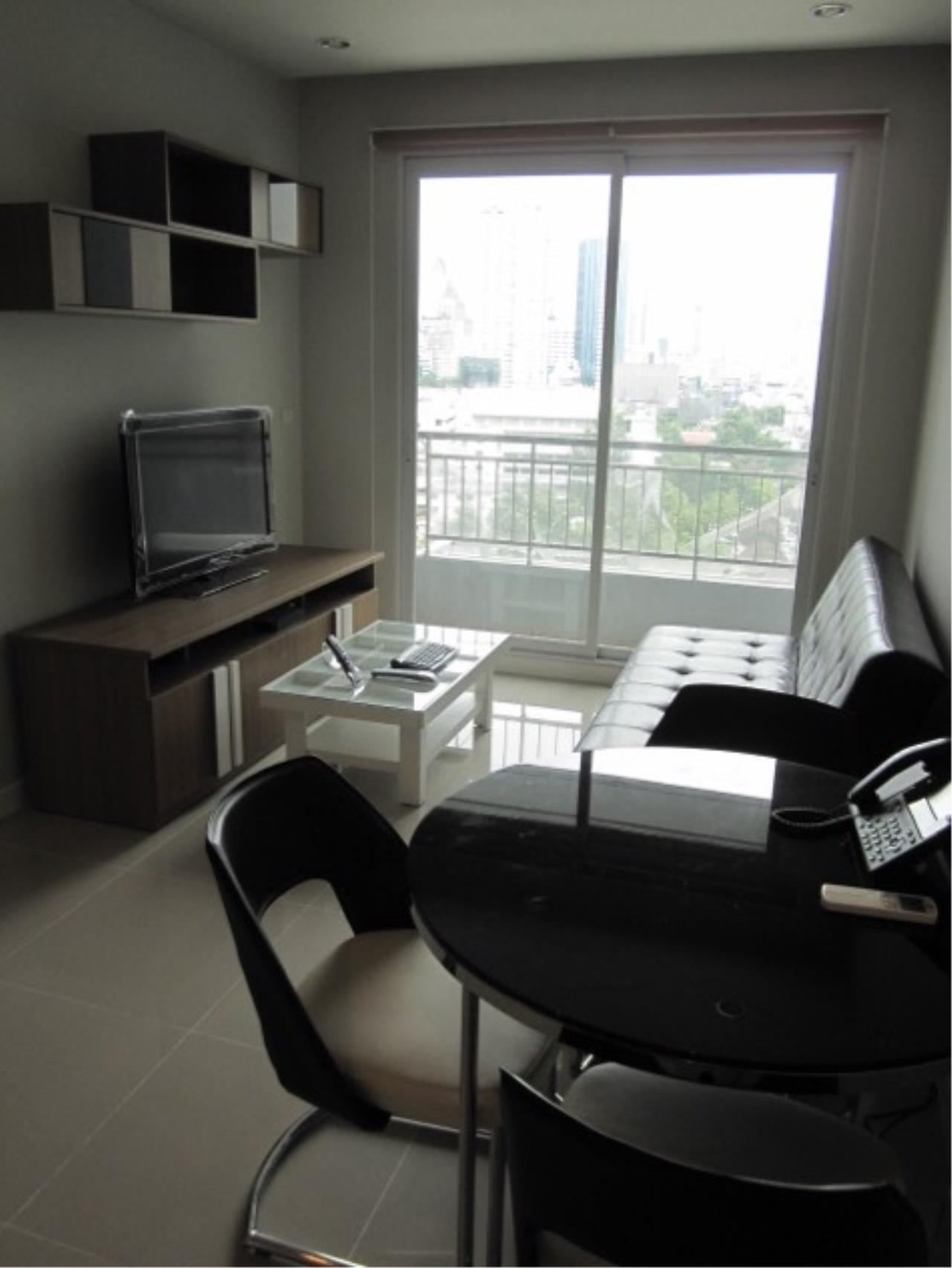 Piri Property Agency's one bedroom Condominiumon 12 floor For Rent 2