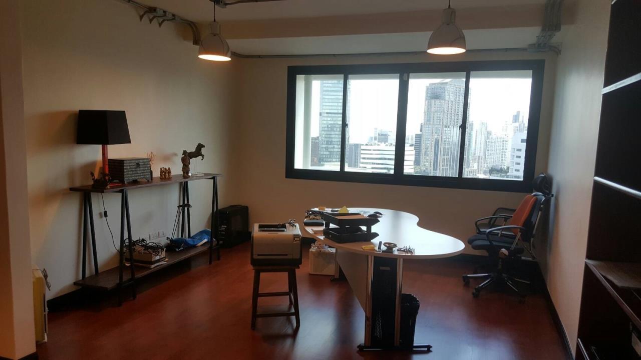 Piri Property Agency's 3+2 bedrooms Condominiumon 30 floor For Sale 7