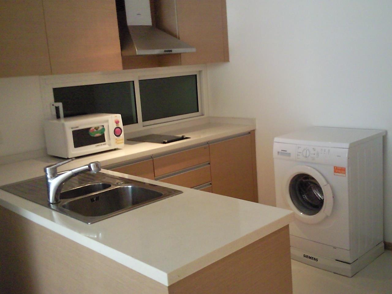 Piri Property Agency's one bedroom Condominiumon 11 floor For Rent 1