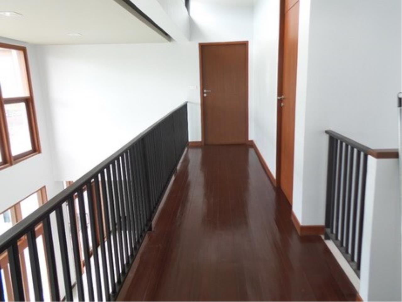 Piri Property Agency's 4 bedrooms Single Houseon 2 storeys floor For Rent 5