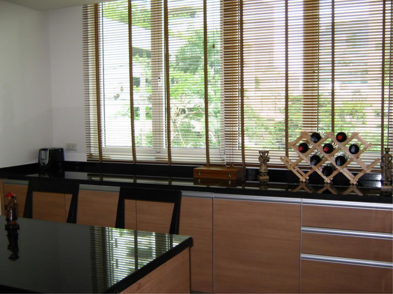 Piri Property Agency's 3 bedrooms Condominiumon 4 floor For Rent 3