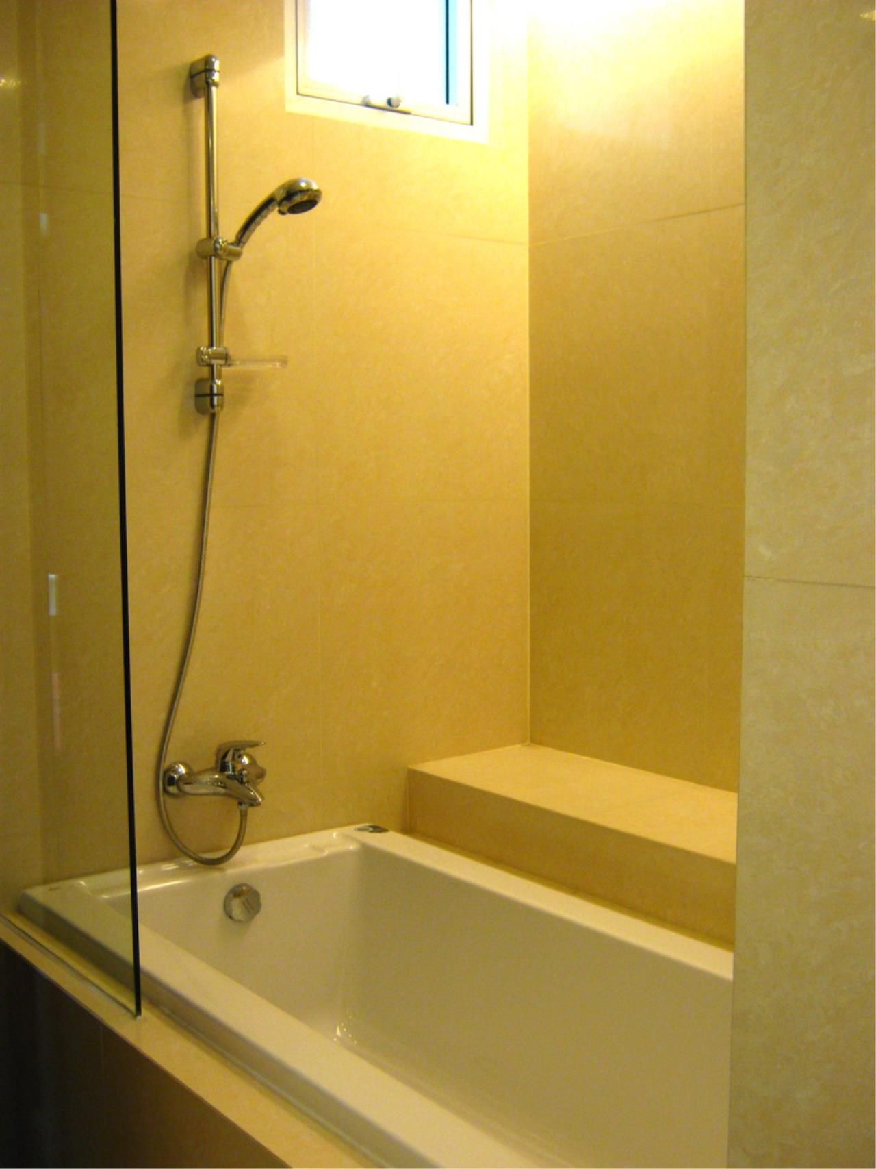 Piri Property Agency's 3 bedrooms Condominiumon 4 floor For Rent 8