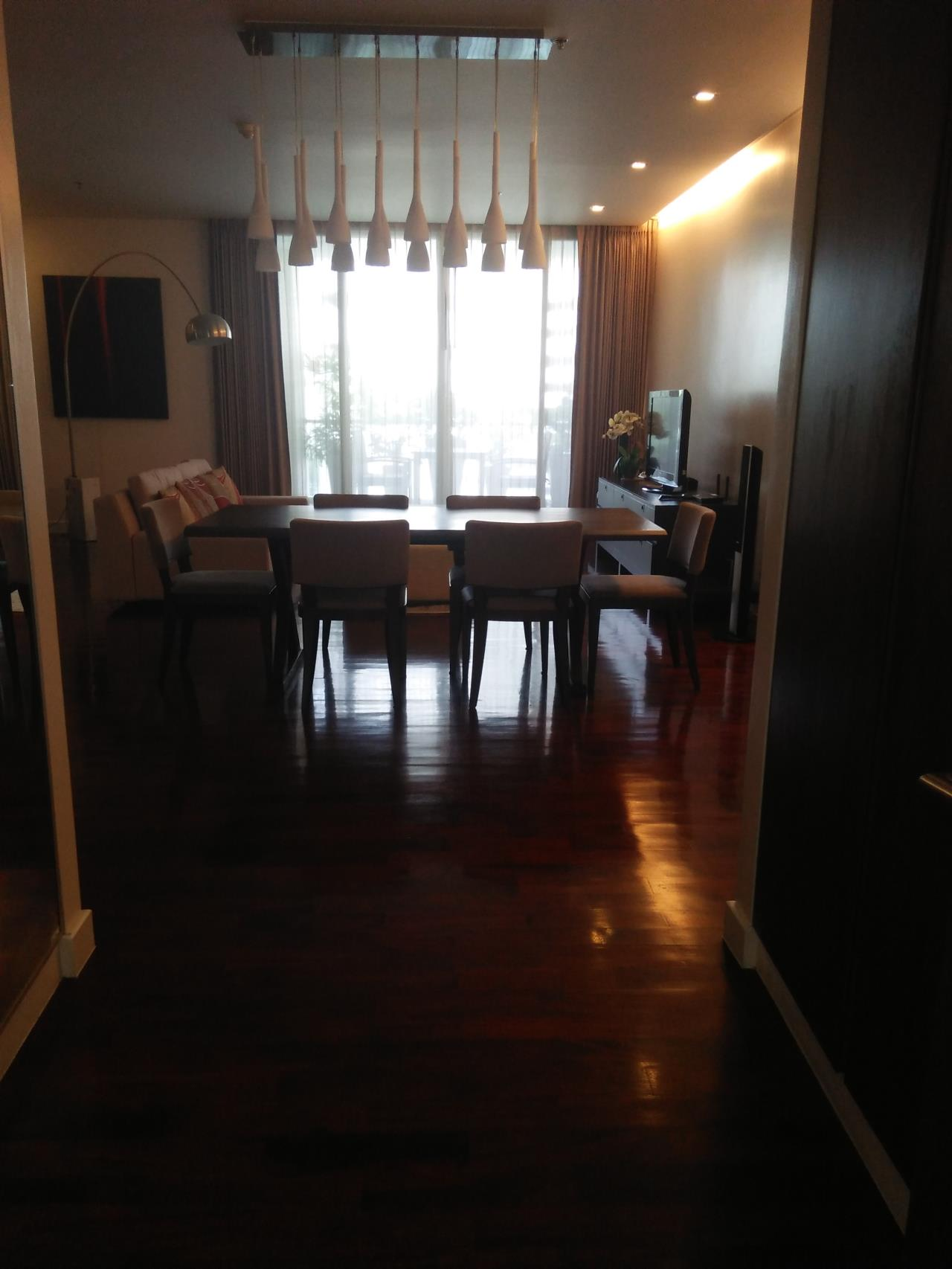 Piri Property Agency's 3 bedrooms Condominiumon 4 floor For Rent 5