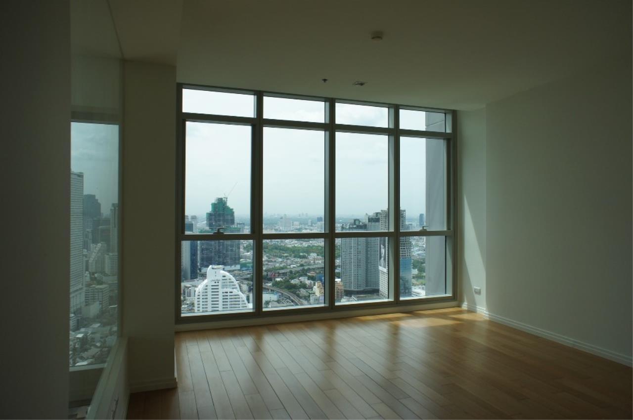 Piri Property Agency's 3 bedrooms Condominiumon 40 floor For Rent 6