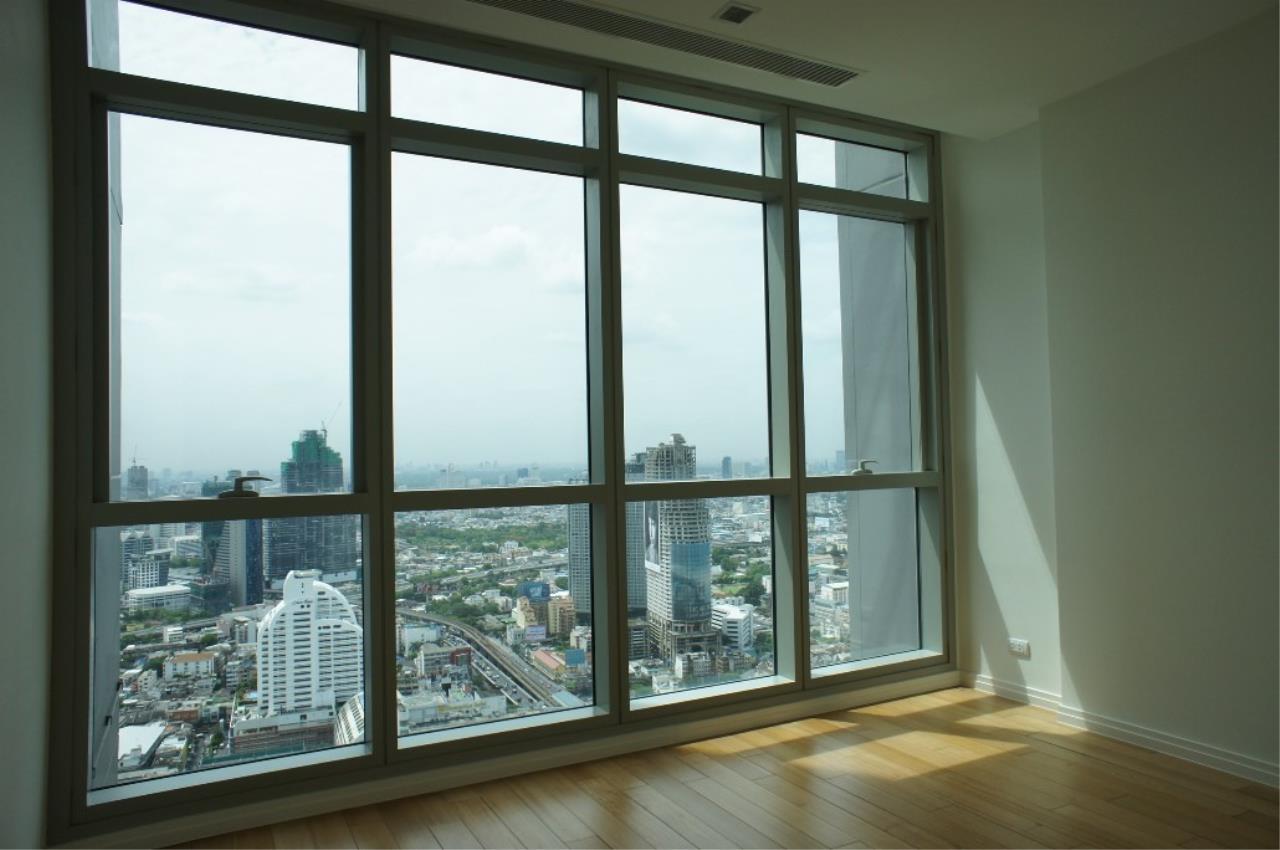 Piri Property Agency's 3 bedrooms Condominiumon 40 floor For Rent 1