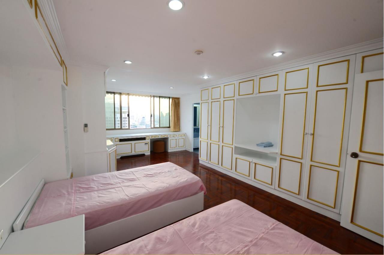 Piri Property Agency's 3 bedrooms Condominiumon 23 floor For Rent 19