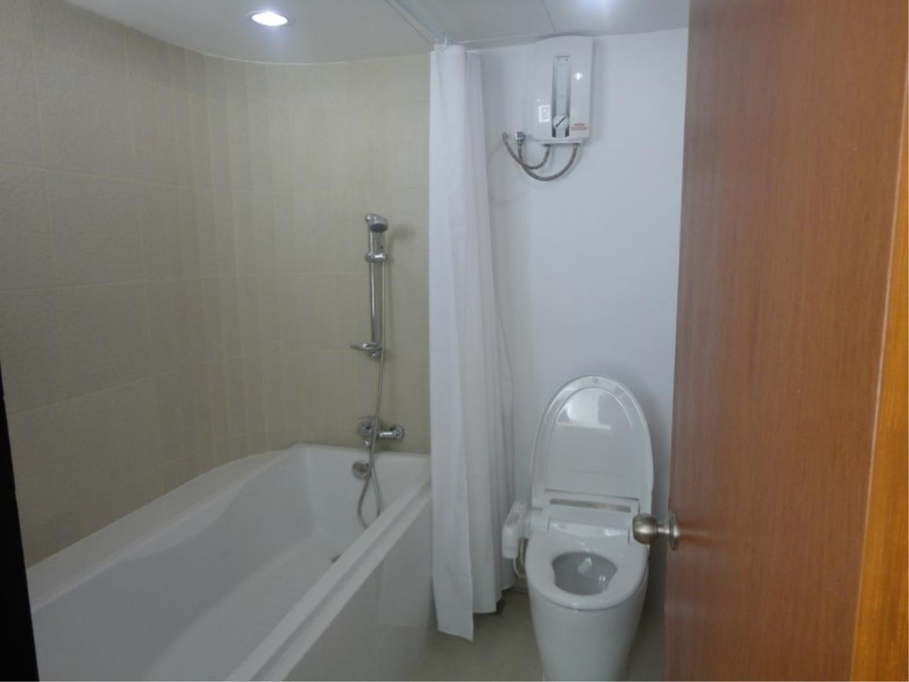 Piri Property Agency's 3 bedrooms Condominiumon 9 floor For Sale 7