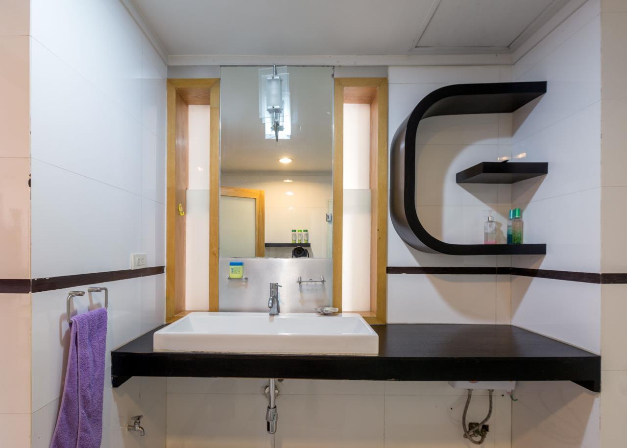 Piri Property Agency's Spacious and Fully Renovated 2 Bedroom Condo in Nana 13