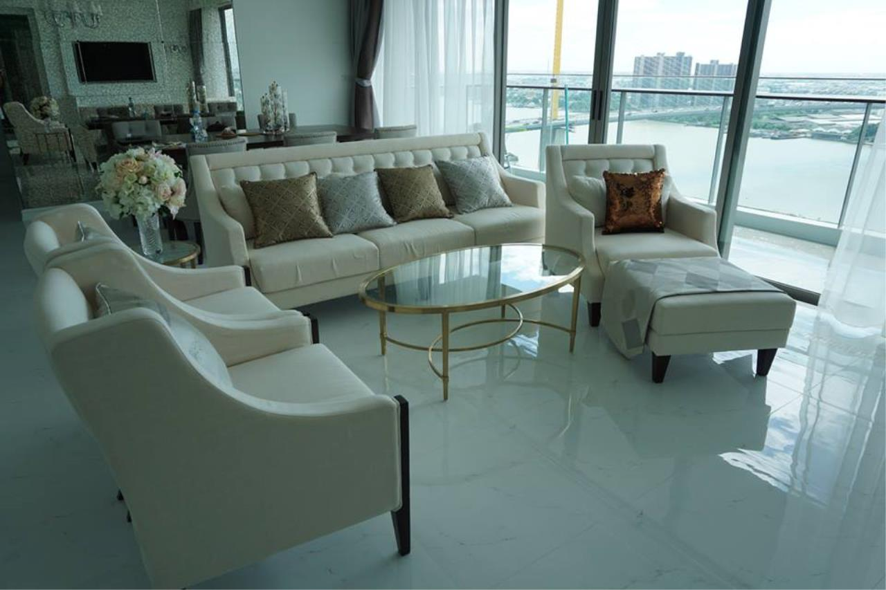 Piri Property Agency's 3 bedrooms Condominiumon 26 floor For Rent 1