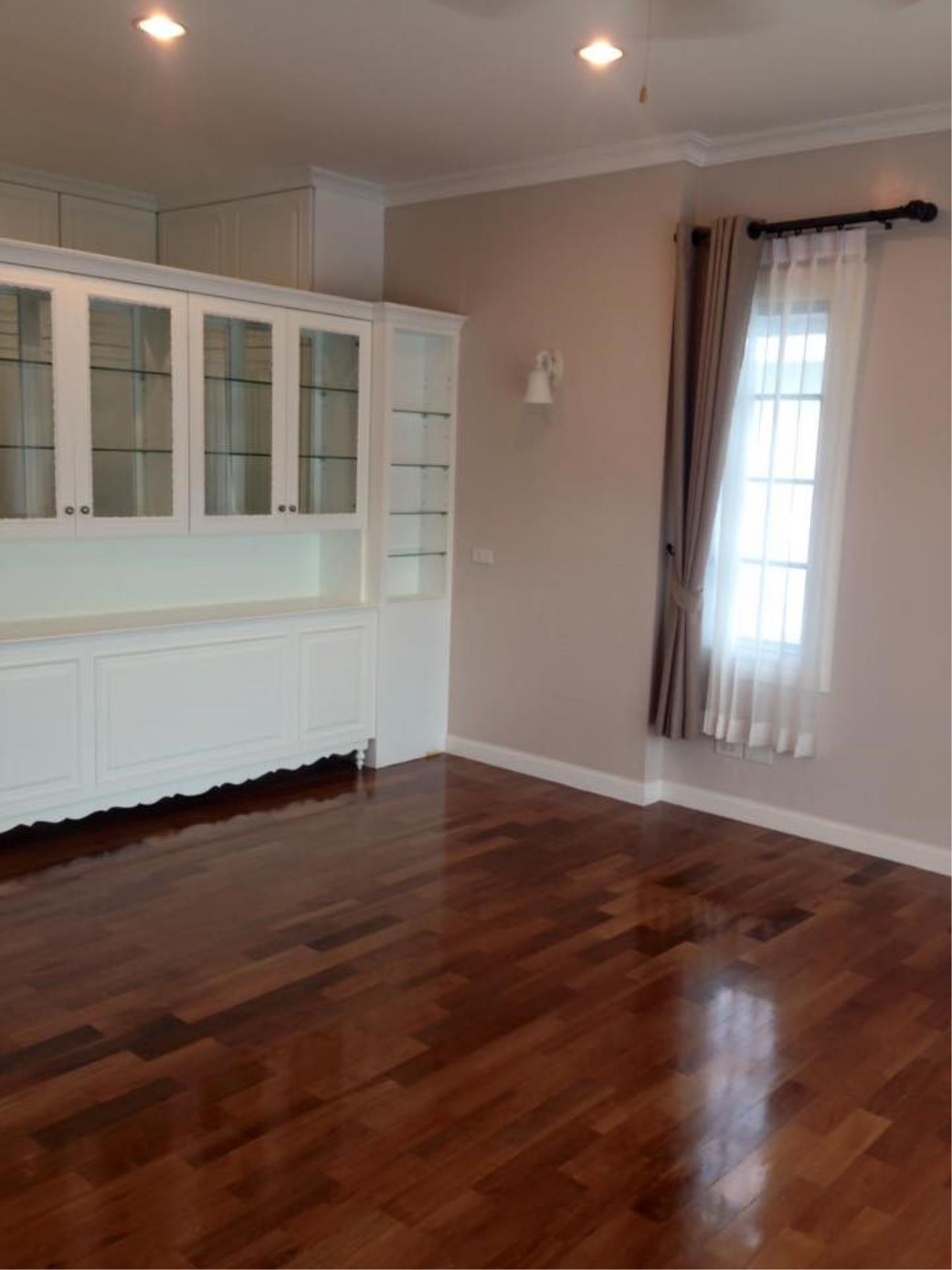 Piri Property Agency's 3 Plus 1 Bedroom Single House for Rent - Fantasia Villa 11