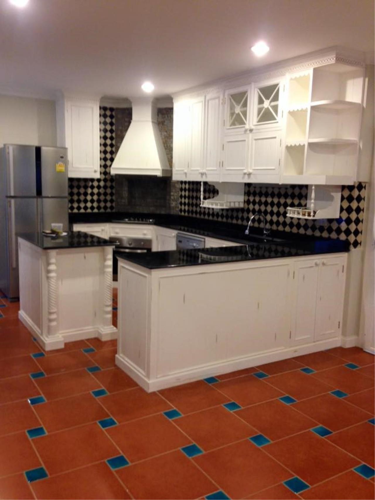 Piri Property Agency's 3 Plus 1 Bedroom Single House for Rent - Fantasia Villa 1