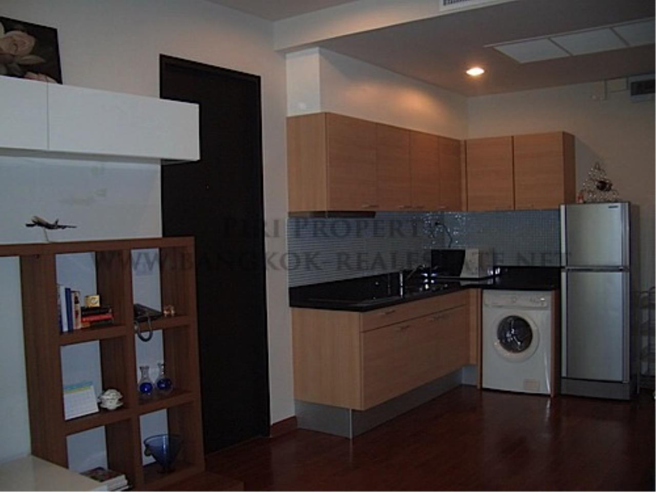Piri Property Agency's Luxury 1 Bedroom in Chidlom 11