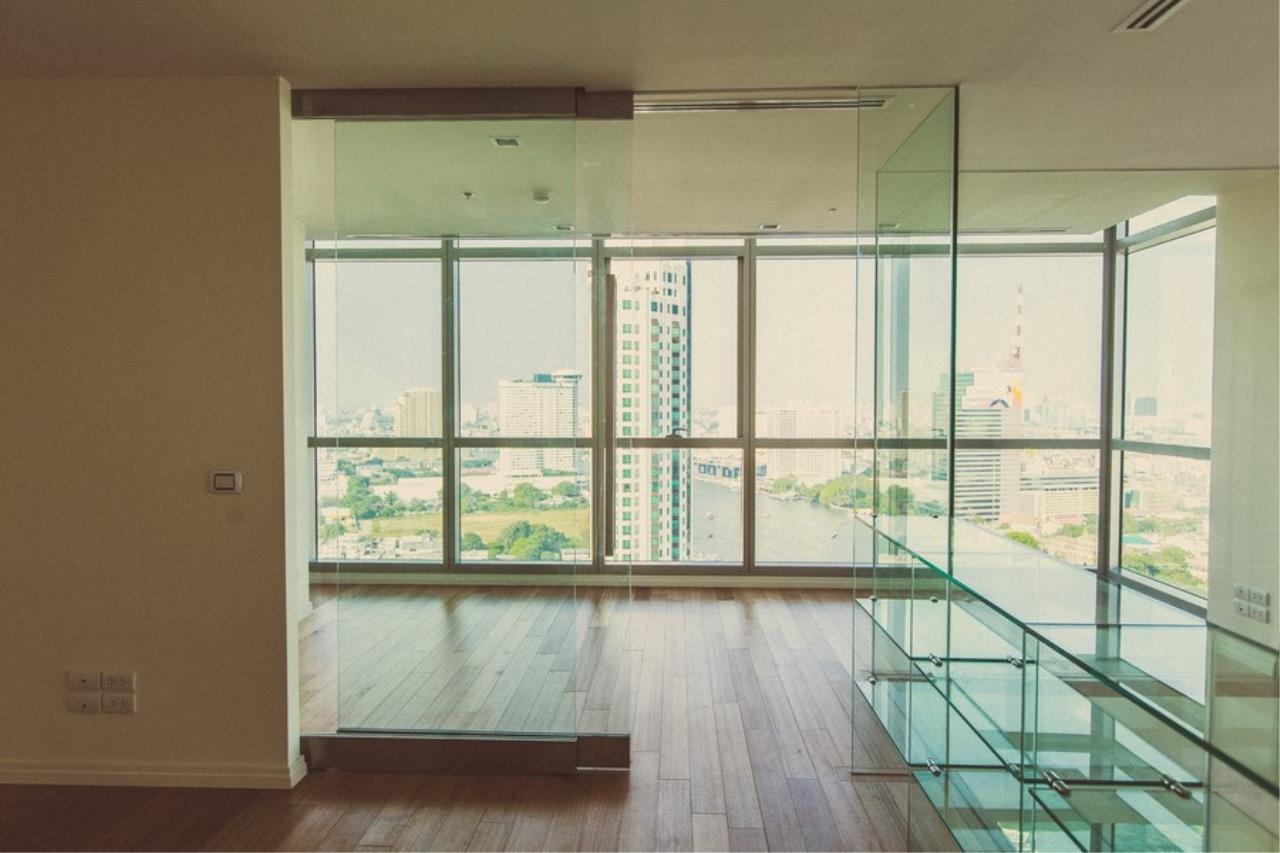 Piri Property Agency's 3 Duplex bedrooms Condominiumon 31 floor For Rent 4