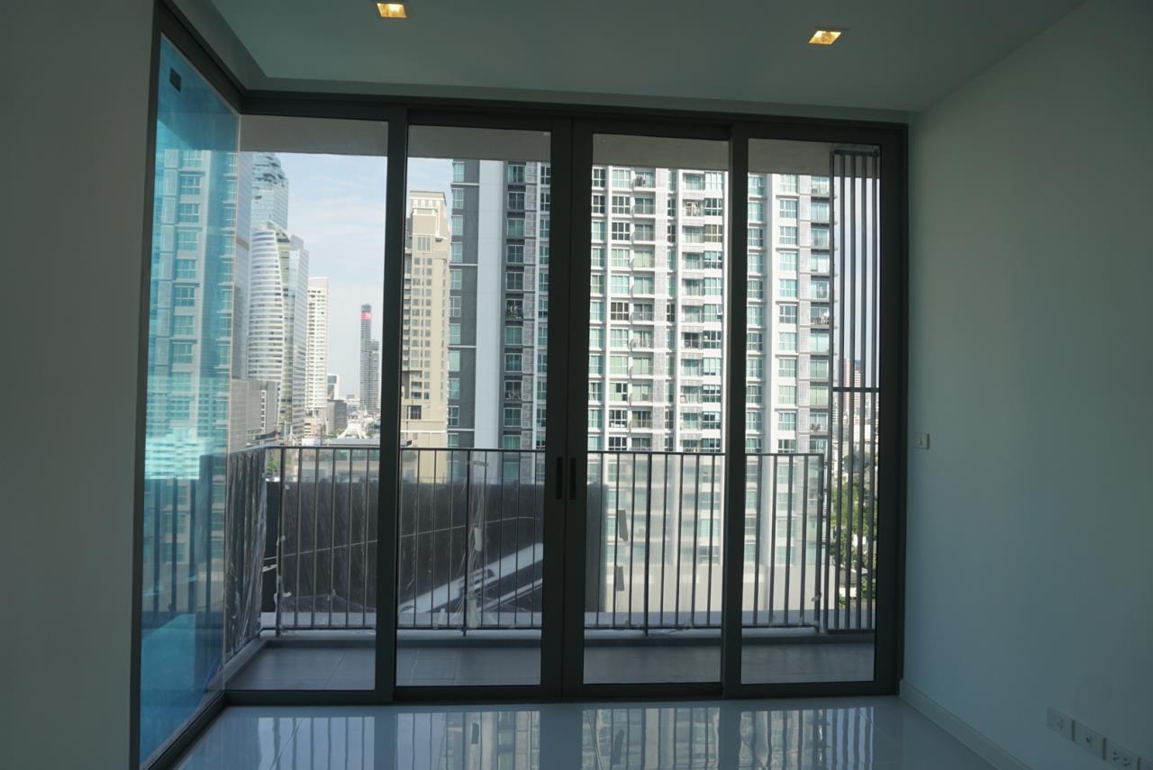 Piri Property Agency's one bedroom Condominiumon 12 floor For Sale 1