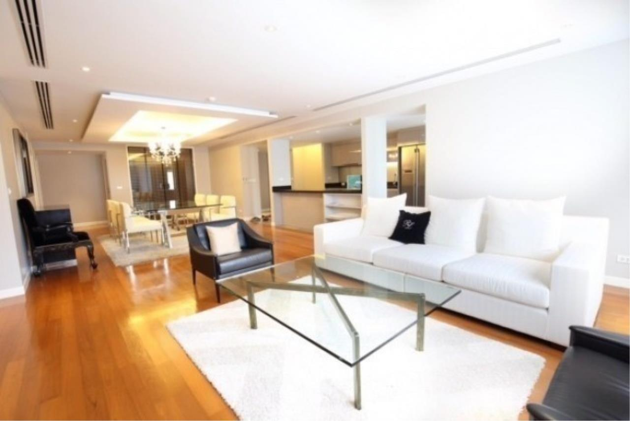 Piri Property Agency's 3 bedrooms CondominiumFor Rent 3