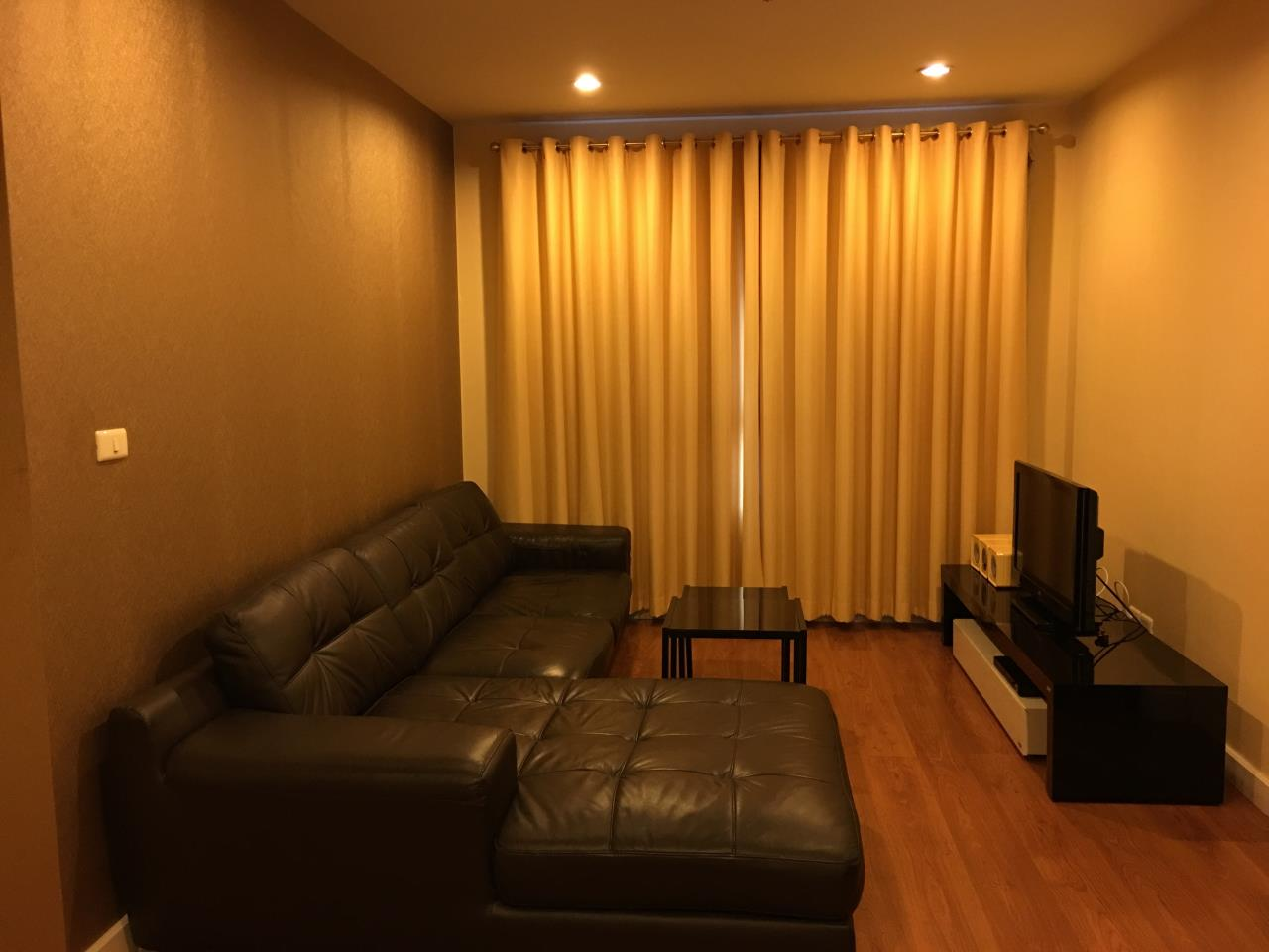 Piri Property Agency's one bedroom Condominiumon 15 floor For Rent 1