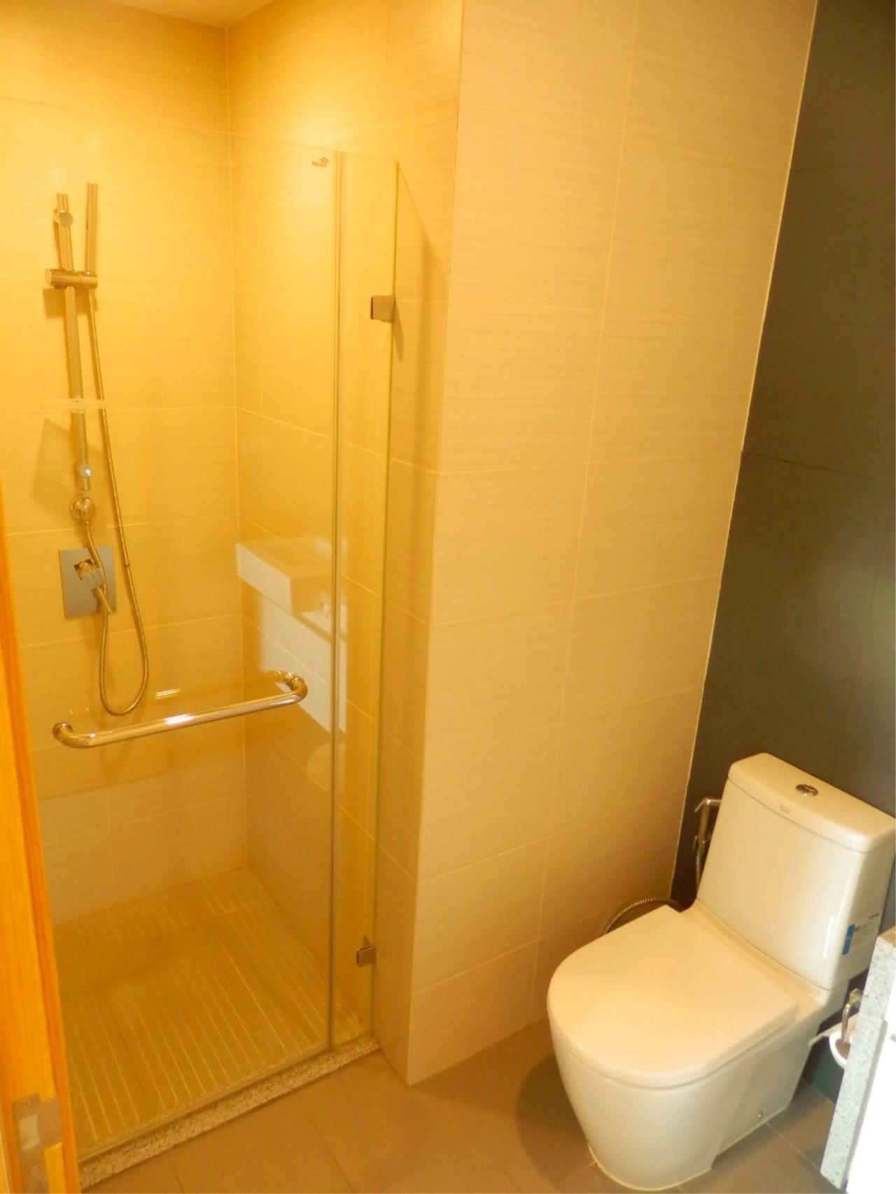 Piri Property Agency's 2 bedrooms Condominiumon 30 floor For Rent 8