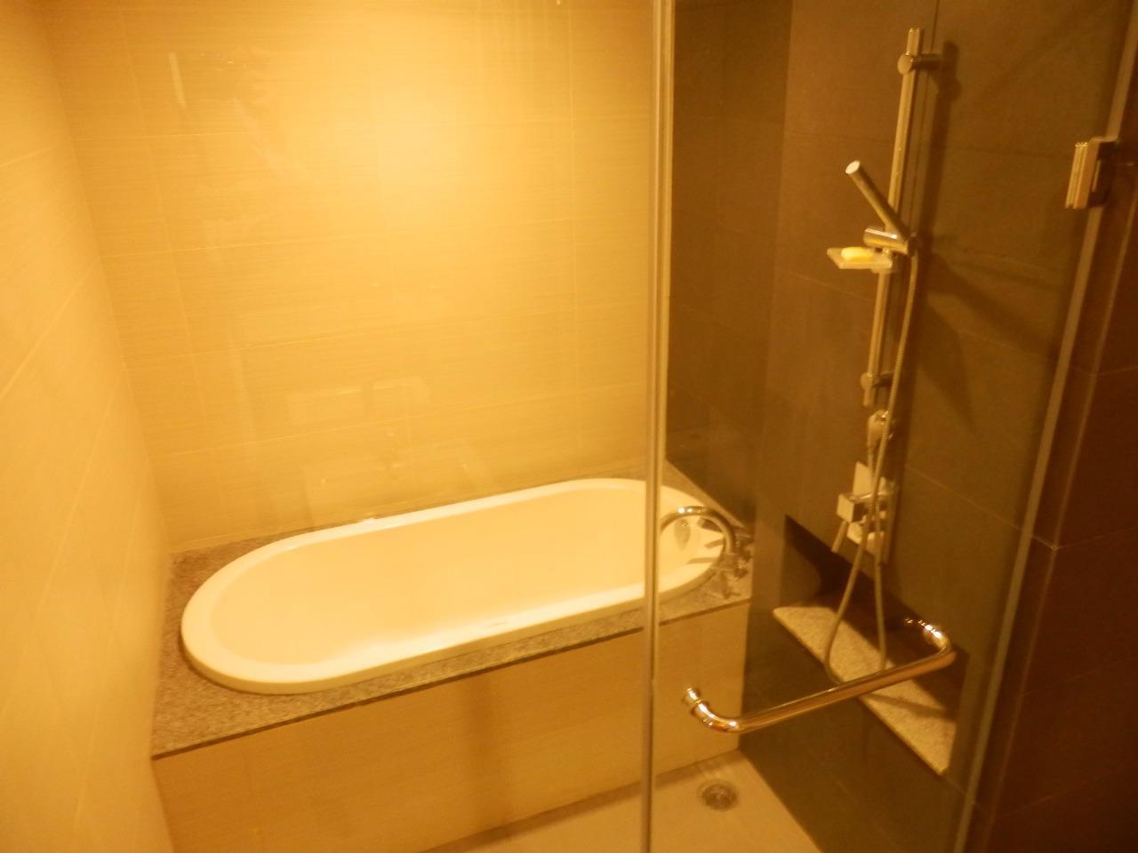 Piri Property Agency's 2 bedrooms Condominiumon 30 floor For Rent 7