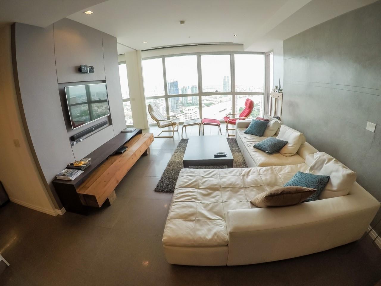 Piri Property Agency's 3 bedrooms Condominiumon 49 floor For Sale 1