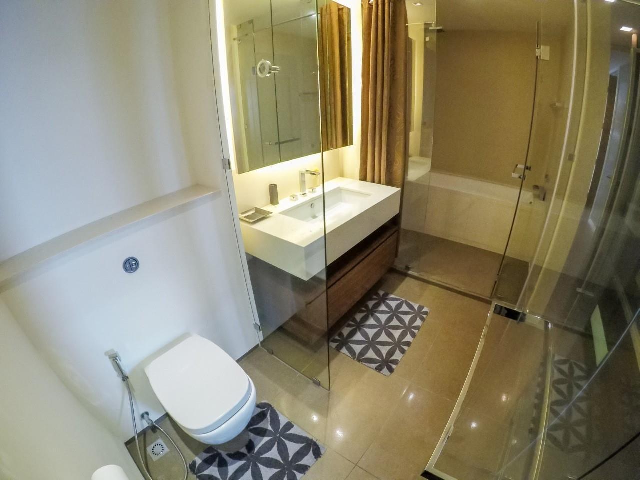 Piri Property Agency's 3 bedrooms Condominiumon 49 floor For Sale 15