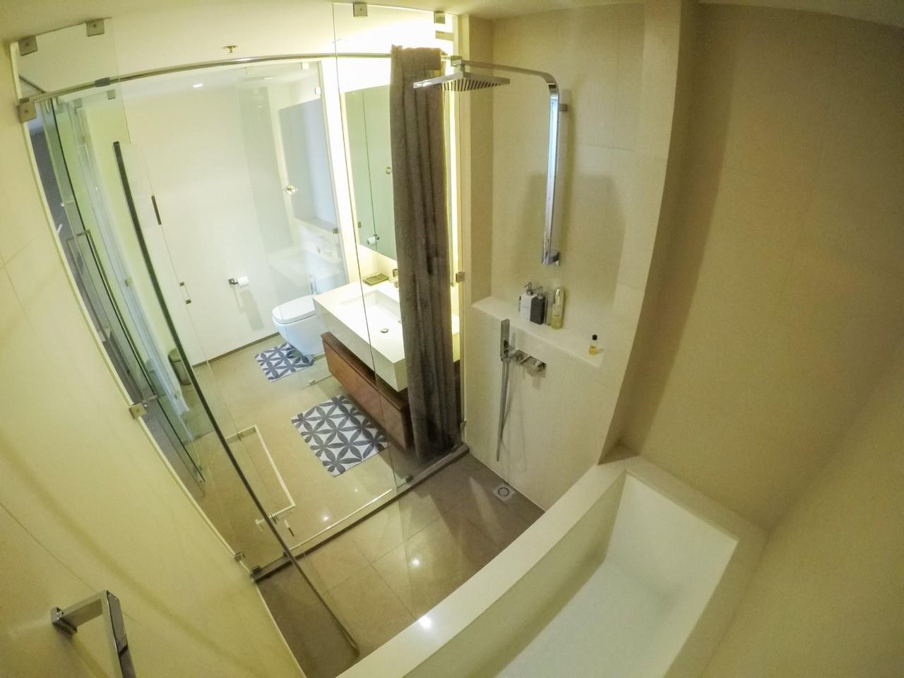 Piri Property Agency's 3 bedrooms Condominiumon 49 floor For Sale 14