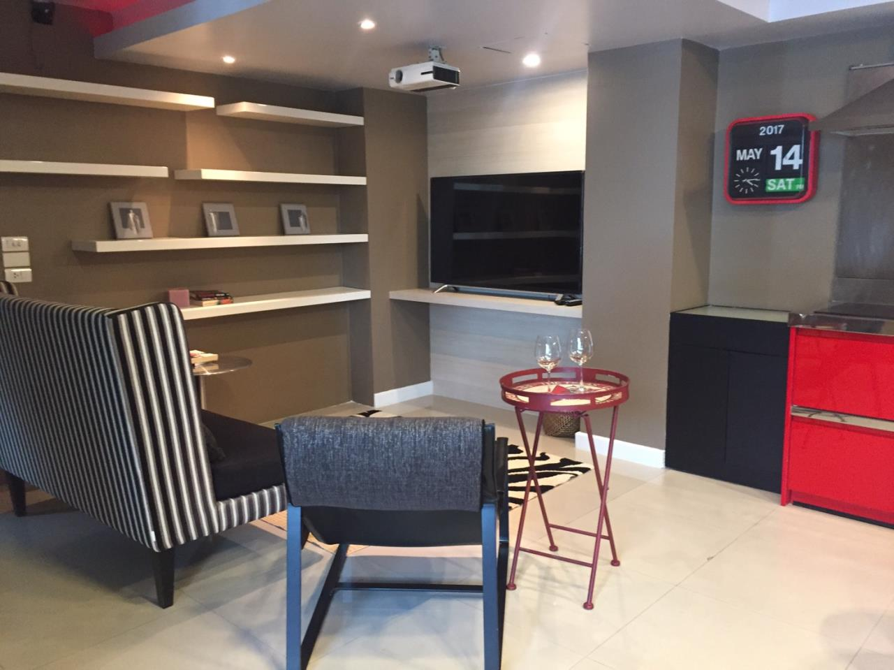 Piri Property Agency's 3+1 bedrooms Condominiumon 5 floor For Rent 4