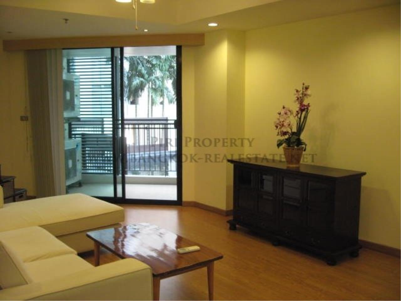 Piri Property Agency's Two Bedroom Condo with direct pool access - 59 Heritage in Ekkamai for Sale 1