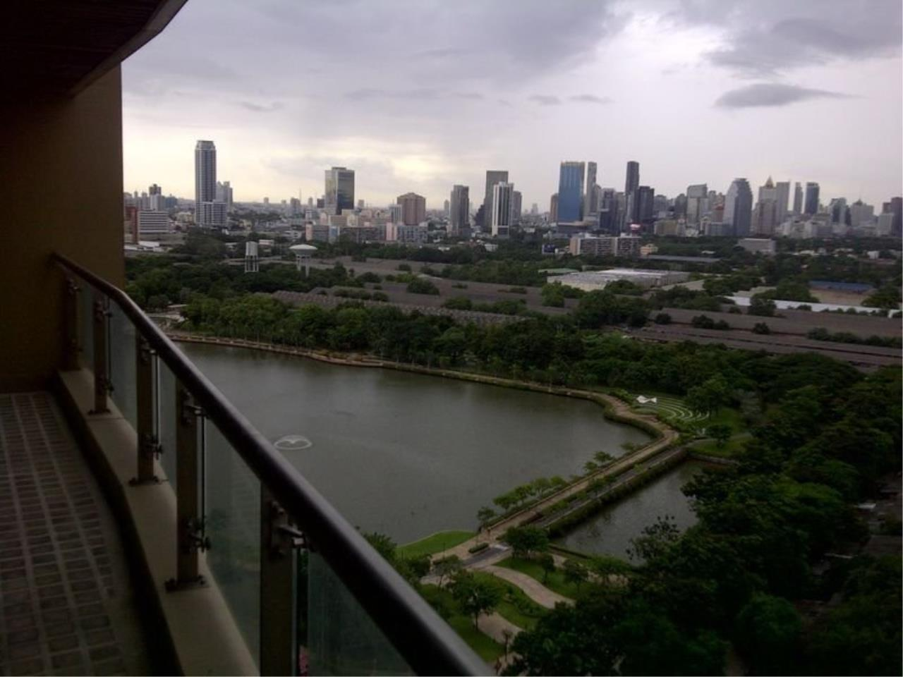 Piri Property Agency's 2 Bedroom Condo in The Lakes building for Rent - High Floor 20